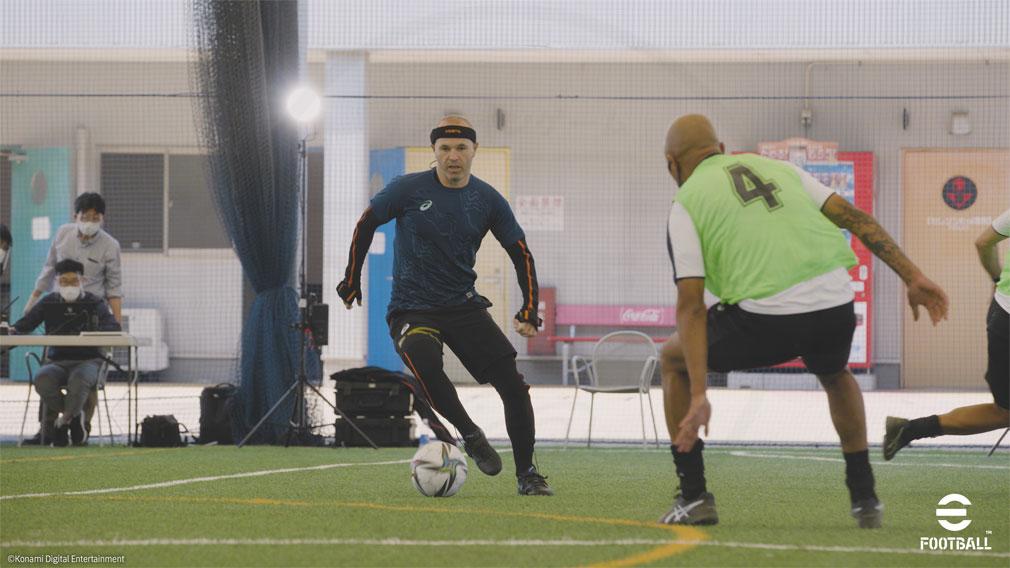 eFootball ゲームプレイのアドバイザー『アンドレス・イニエスタ選手』紹介イメージ